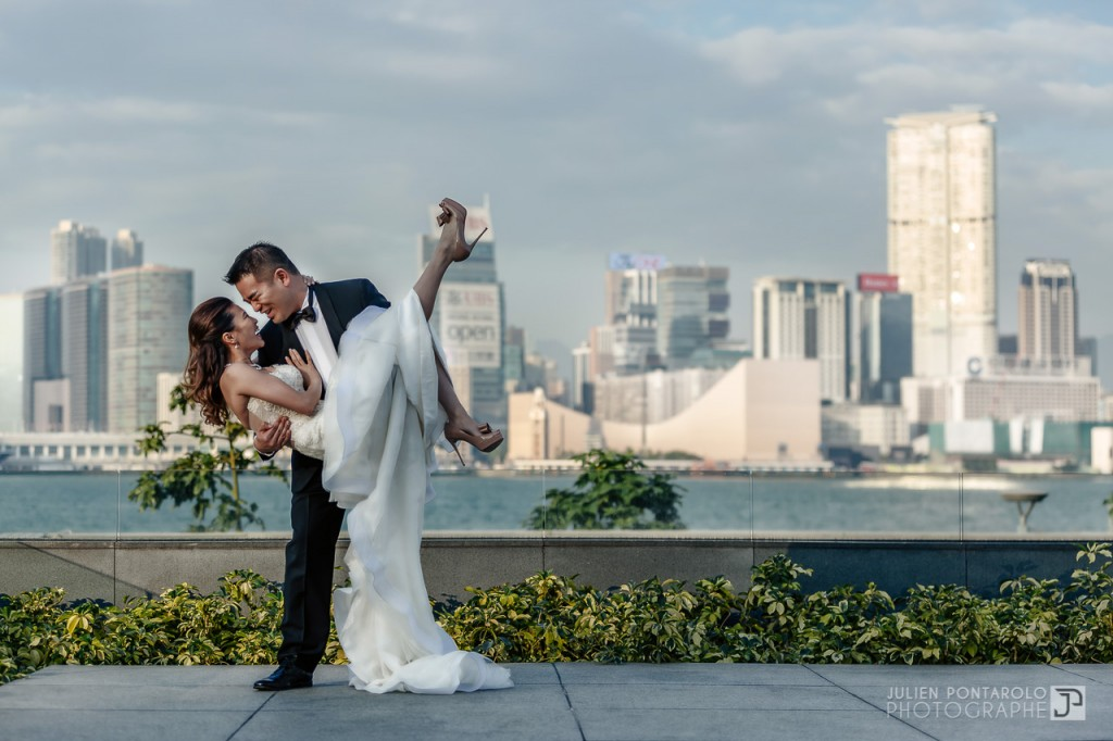 A shooting in Hong Kong with Noel Chu wedding gown 10