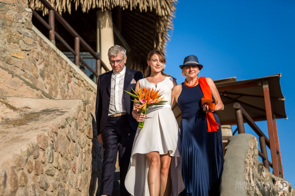 a sunset beach wedding in Greece 28