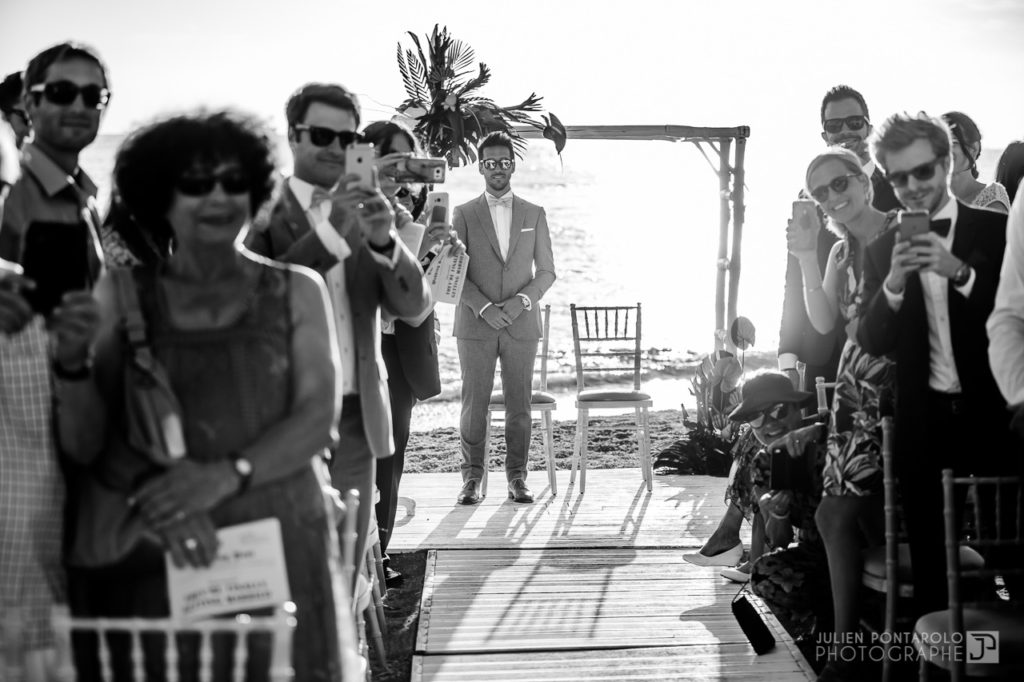 a sunset beach wedding in Greece 29